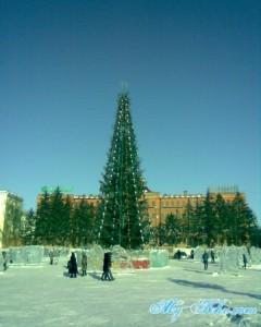 Новогодняя Ёлка на Площади Ленина Хабаровска в новом 2013 году.